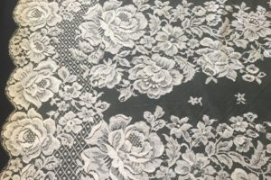 931-egg-shell-white-Italian-Lace